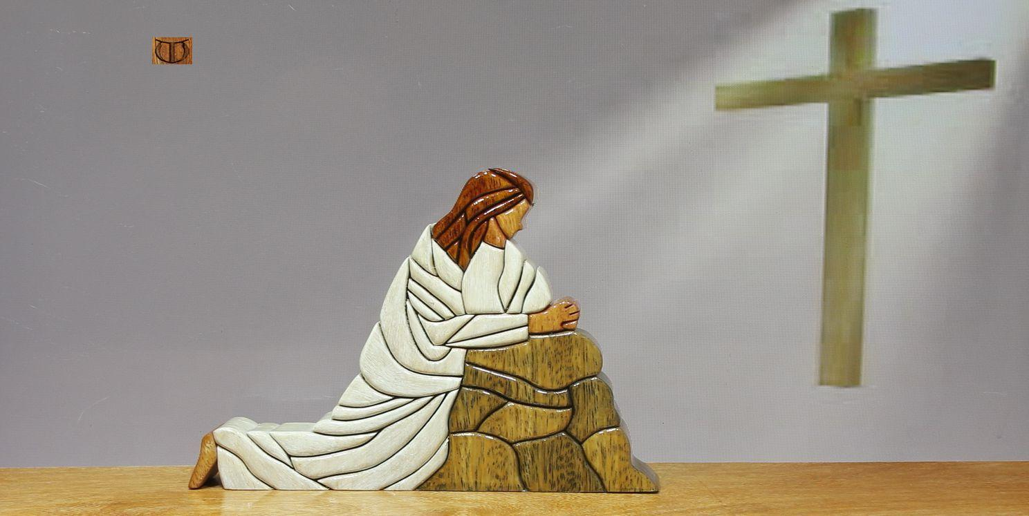 woodflair_rel 47 christ praying cut floor_1.jpg
